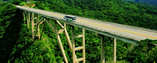 Restauro del ponte di BACUNAYAGUA
